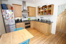 4 bed property to rent in Burnhill Road, Beckenham...