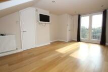 3 bed property in Monivea Road, Beckenham...