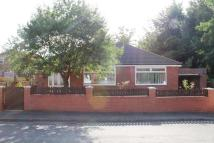 Bungalow to rent in Repton Ave, Droylsden...