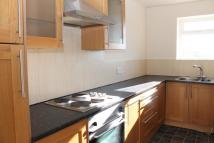 Flat to rent in Market Street, Droylsden...