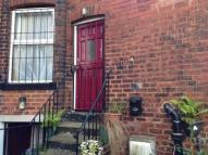 Studio flat to rent in Hyde Park Road,  Leeds...
