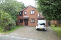 4 bed Detached home in Woodside Park Avenue...