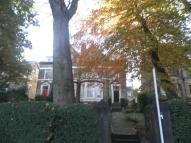 2 bed Flat to rent in Oak Road, Potternewton...