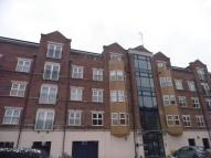 Apartment to rent in Carisbrooke Road, Leeds...