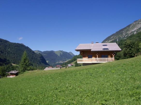 Outstanding valley v