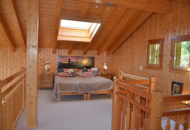 Bedroom in the Mezza