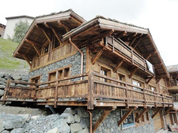 The chalet under con