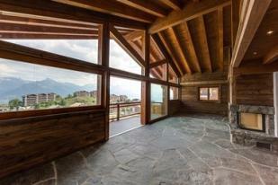 Old wood interiors p