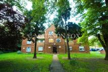 3 bedroom Flat to rent in Snaresbrook Road, London...