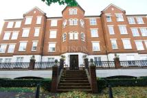 2 bed Apartment to rent in The Boulevard, Chigwell...