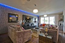 Apartment in Hainault Road, Chigwell...