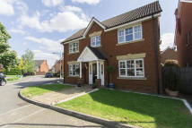Detached property to rent in Hoveton Way,, Chigwell...