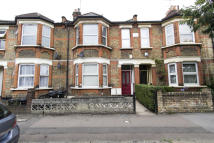 2 bedroom Ground Flat to rent in Pulteney Road, London...