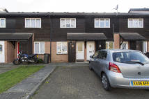 2 bed Terraced house in Hereward Green, Loughton...
