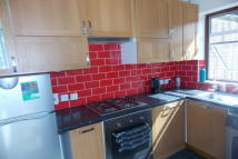 2 bed house to rent in BARKING