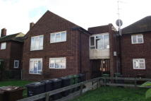 1 bedroom Flat to rent in Roycraft Avenue...
