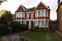 4 bedroom house in Bargery Road, Catford...