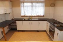 3 bed property in Grangemill Road, Catford...