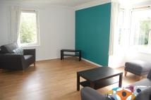 2 bedroom Flat to rent in Thorngrove Place...