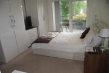 Flat to rent in Goshawk Court...