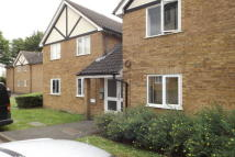 1 bed Flat to rent in Raven Close, Colindale...