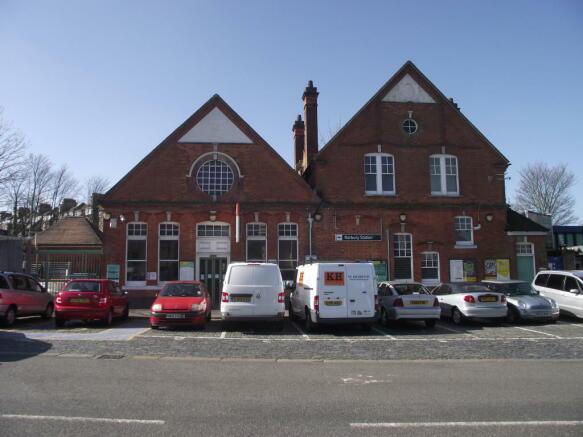 Norbury Train Station