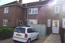 2 bedroom home in Aldermoor Avenue -...