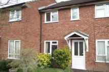Town House to rent in Whitewood Close...