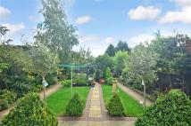 5 bed semi detached house in Rahn Road, Epping, Essex