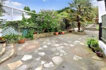End of Terrace property for sale in Westview Drive...