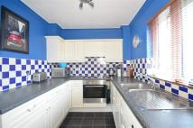 Flat for sale in Friday Hill, Chingford...