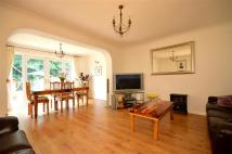 4 bed Terraced property for sale in Windmill Way...