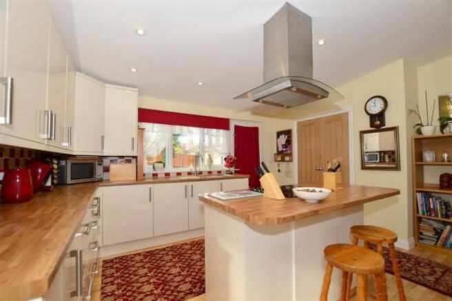 Annexe Kitchen/ Living Area