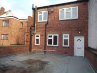Flat to rent in Bridge Street, Evesham...