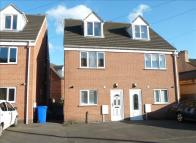 3 bed Town House in Brook Street, Ilkeston