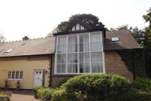 2 bedroom Town House in The Quadrangle, Mansfield
