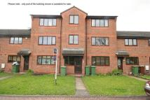 1 bed Flat in LIMBER COURT, GRIMSBY