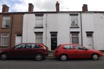 2 bedroom property to rent in Gordon Street, WN7 1RW