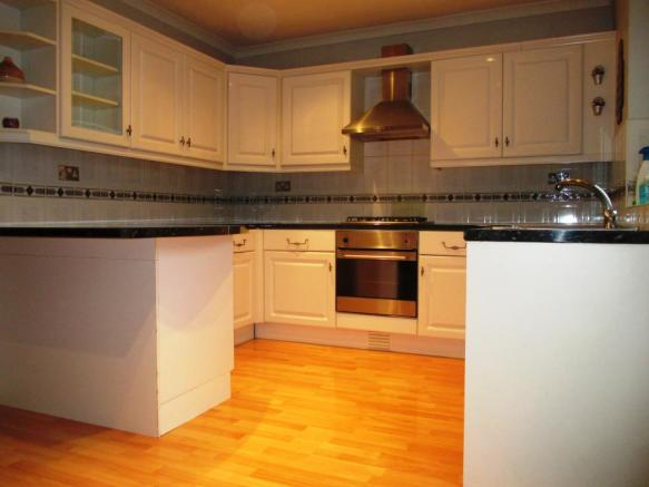 Newland Grove - Kitchen