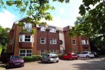 2 bed Flat to rent in Old Woking Road...
