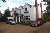5 bedroom Detached home to rent in CHERTSEY, SURREY