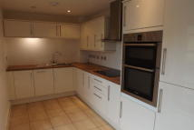 2 bed Apartment in Addlestone, Surrey