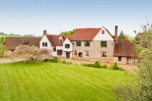 8 bed Detached home in Bardfield Road, Shalford...