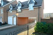 2 bed property in Daly Drive, Bickley...