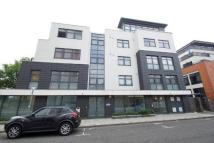 Flat to rent in Sherman Road, Bromley...