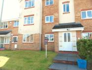 2 bed Apartment in Midland Court...