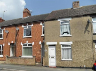 2 bedroom Terraced house to rent in Finedon Street...