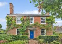 7 bedroom Detached house for sale in Stonehouse Lane, Cowfold...