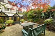 5 bed Mews for sale in Clarendon Close, London...