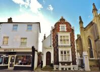 Studio apartment for sale in Cavendish Place...
